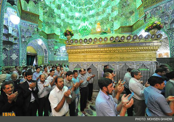 استاد مسعود نوروزی راهی در نماز عید فطر - حرم حضرت معصومه سلام الله علیها